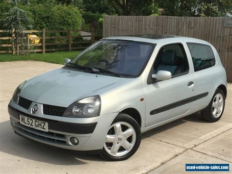 Renault Clio 2002 by 2002 Renault Clio 16v For Sale In The United Kingdom