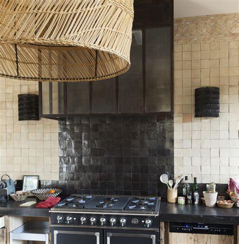 zellige de cuisine mur de cuisine en zellige et sud déco