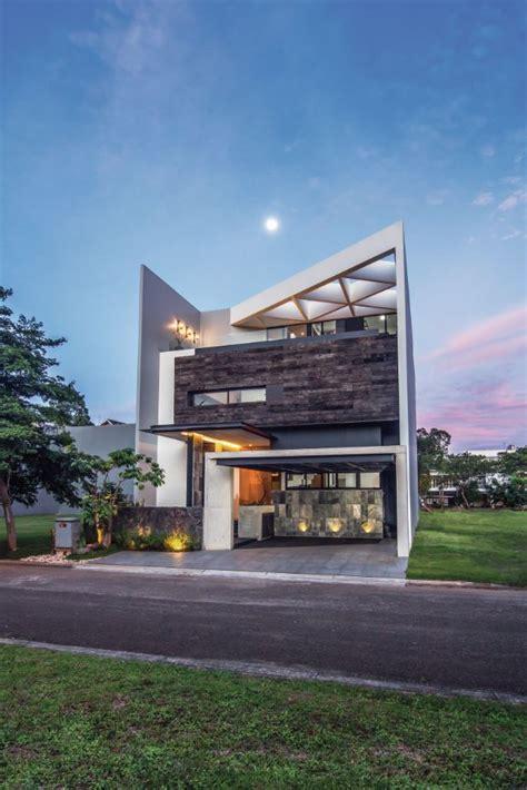 rumah industrial tropikal asrinesia