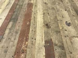 Reclaimed pine flooring long boards bca materiaux anciens for Parquet en pin