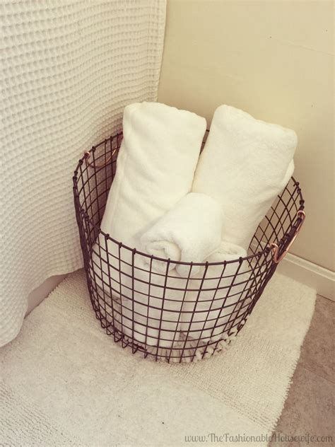 bathroom feel    home retreat wire