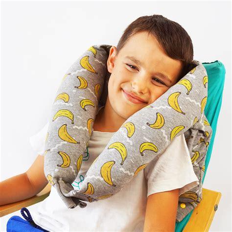 cuscino per collo come fare un cuscino per il collo da un felpa cucicucicoo