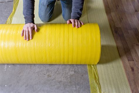 moisture barrier underlayment laminate how to install 2 in 1 vapor barrier flooring underlayment