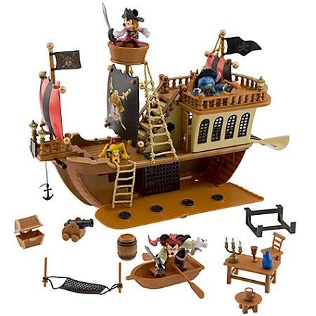 Barco Pirata Toys R Us by Disney Figurine Set Pirates Of The Caribbean Pirate Ship