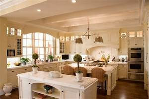 British West Indies Residence - Traditional - Kitchen