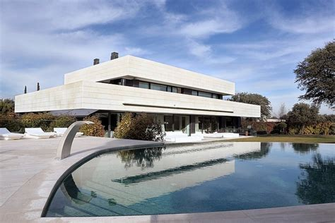 Modern House In Spain By A Cero by Lv House By A Cero Homeadore