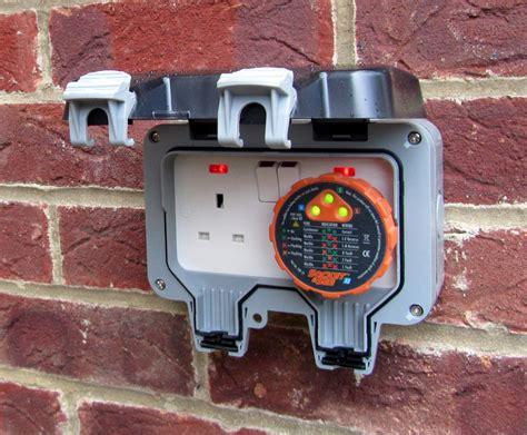 exterior light socket outlet outdoor power ecocert electrical