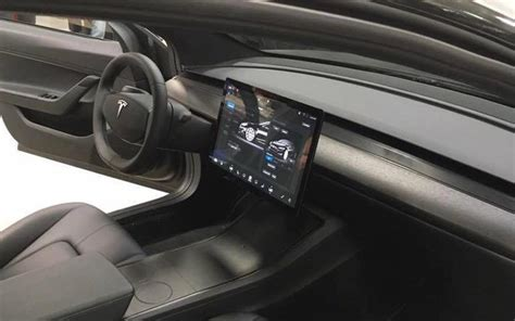 Download Inside Of Tesla Model 3 Pictures
