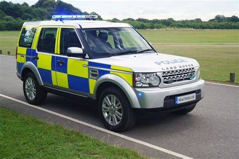 Police Landrover Discovery By Macneillie