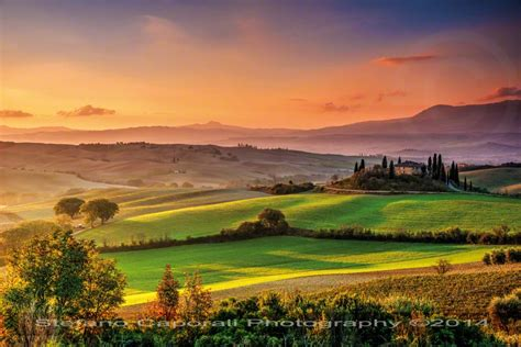 tuscan landscapes tuscan sunrise in val d orcia tuscany photo tour workshop photography lessons
