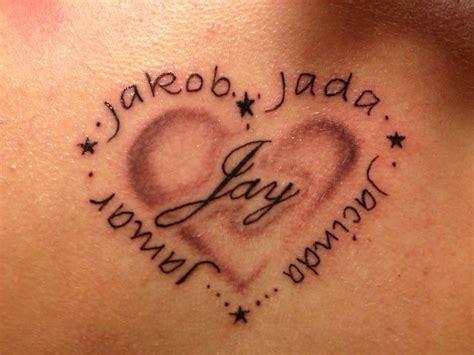 modele tatouage  prenoms avec coeur  etoiles images