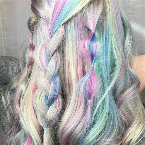 beautiful holographic hair trend pictures