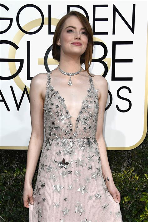 Emma Stone Got Aggressive For The Golden Globes Red Carpet