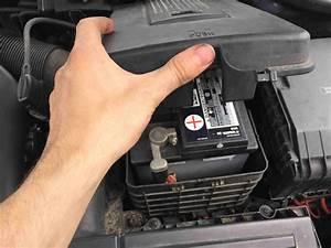 Autobatterie Wechseln Anleitung : golf 5 6 batterie wechseln welche batterie kaufen anleitung ~ Watch28wear.com Haus und Dekorationen