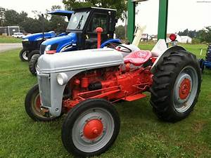 1947 Ford 2n Tractors - Utility  40-100hp