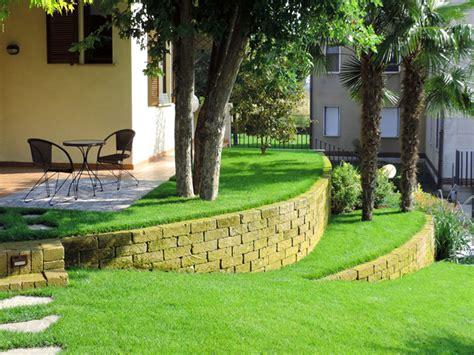 Progettare Giardini 3d Giardino Con Terrazzamenti In Tufo Progettazione Giardini
