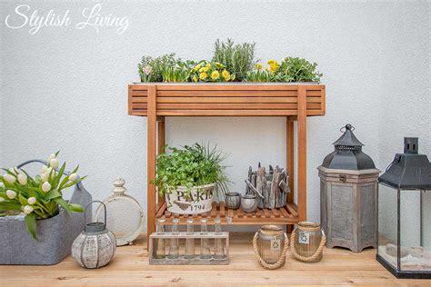 Hochbeet Für Den Balkon by Hochbeet Mit Fr 252 Hlingsbl 252 Hern Kr 228 Utern Bepflanzt