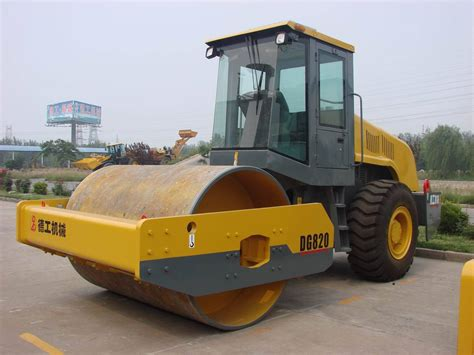 Here Comes The Road Roller