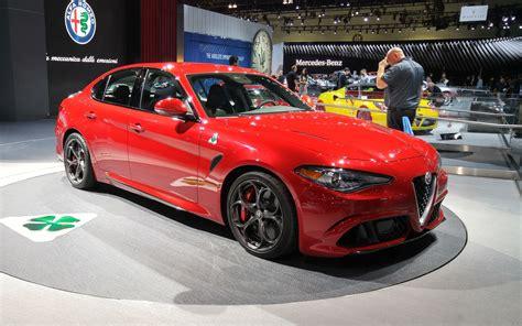 Alfa Romeo America 2017 alfa romeo giulia quadrifoglio arrives in