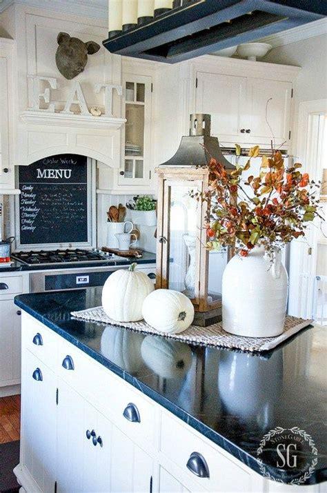Kitchen Countertop Decorating Ideas Pictures  Rapflava