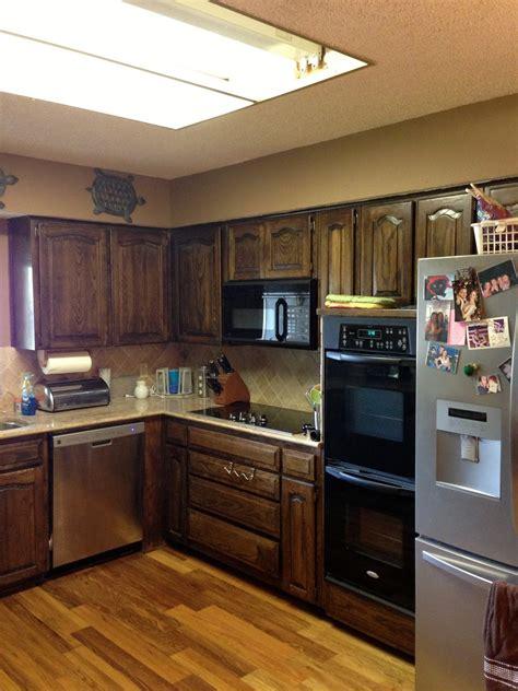 wilker dos  chalk paint  refinish kitchen cabinets