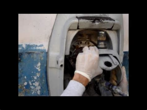 changing gear oil   volvo outdrive dp doovi