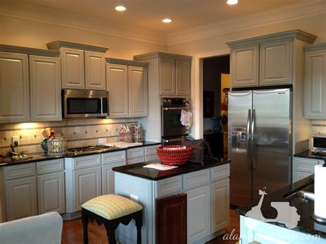 best color paint kitchen cabinets small kitchen small