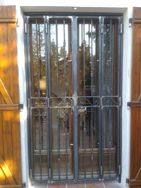 porte de cuisine lapeyre cuisine grilles de portes anciennes grille de défense