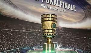 Beim DFB Pokal Finale