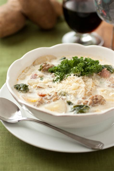 Soups From Olive Garden by Olive Garden Inspired Zuppa Toscana Soup Recipelion