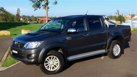Toyota Hilux Photo by 2014 Toyota Hilux Review 4x4 Sr5 Diesel Dual Cab