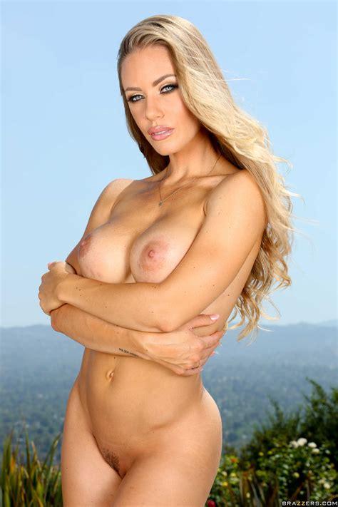 Seductive Blonde Is Posing Naked In Mykonos Photos Nicole