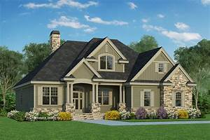 Traditional Style House Plan 4 Beds 300 Baths 2217 Sq