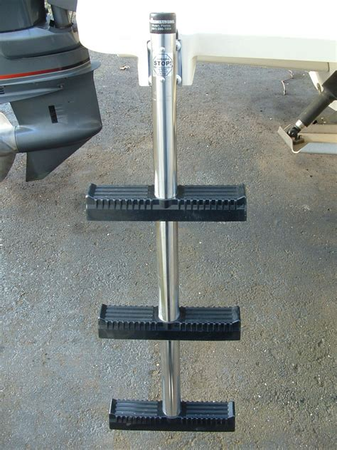 Armstrong Boat Ladder by Armstrong 3 Step Ladder Like New The Hull