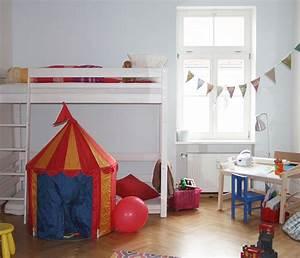Farben Für Kinderzimmer : getestet alpina farbenfreunde kinderzimmer streichen ~ Lizthompson.info Haus und Dekorationen