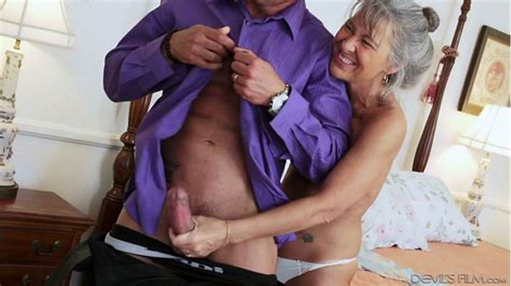 #Lusty #Grey #Haired #Cougar #Leilani #Lei #Loves #When #Her #Stud