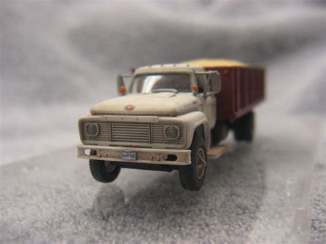 Ford F 850 by Ford F 850 Grain Truck