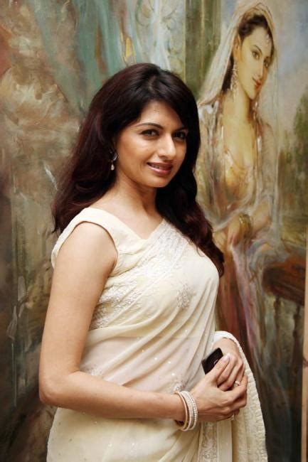 bhagyashree biography birth date birth place  pictures