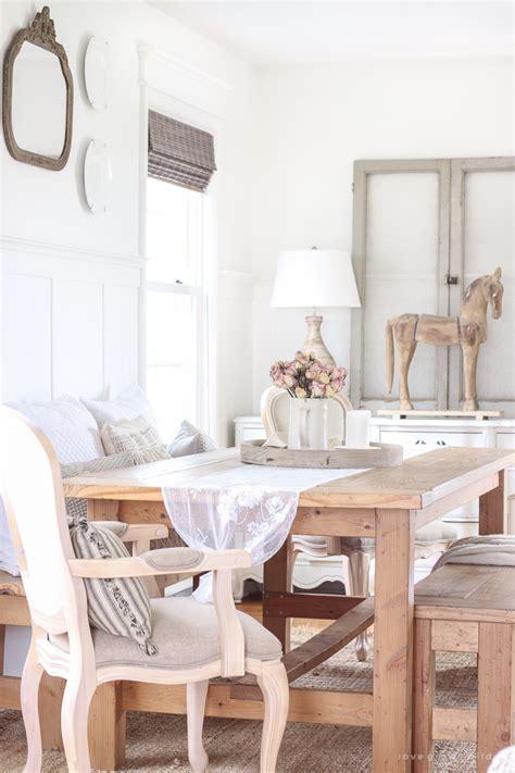 whats   farmhouse home decor  summer edition