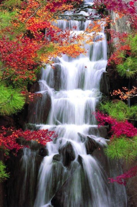 inilah  galeri gambar pemandangan air terjun menakjubkan