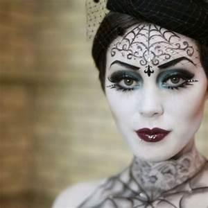 Zombie Schminken Bilder : die besten 25 hexen make up ideen auf pinterest halloween make up hexe lippen futter und ~ Frokenaadalensverden.com Haus und Dekorationen