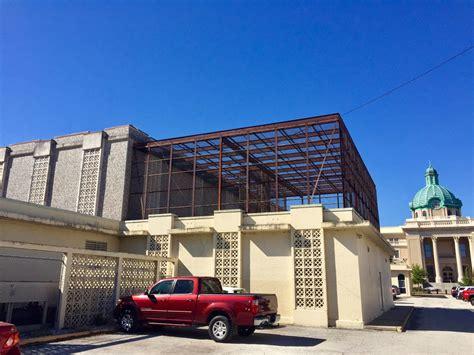 jail  prime real estate  delands sony district