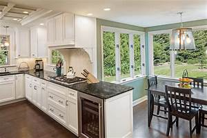 Wauwatosa Georgian Colonial Kitchen Remodel - Traditional