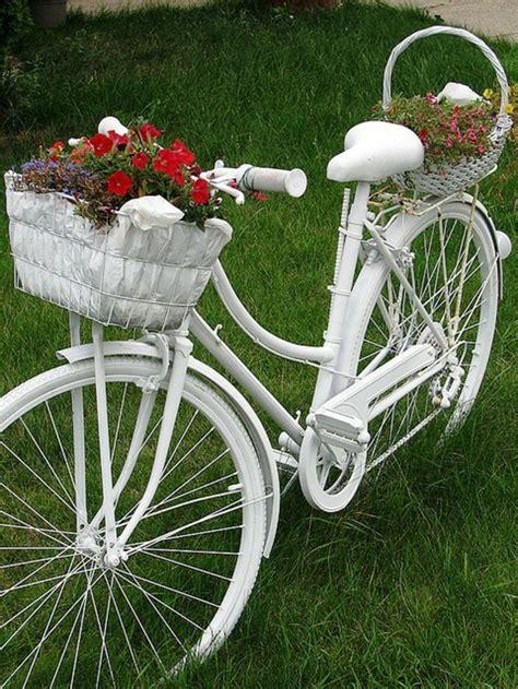 Gartendeko Fahrrad by 44 Deko Garten Ideen Entfalten Sie Den Charme Des