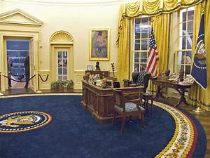 Is The Oval Office Really An Oval