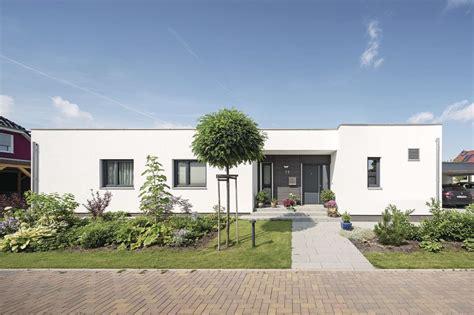 Moderne Häuser Auf Einer Ebene by Moderner Geplanter Bungalow Moderne Komfortzone Auf