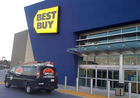 Customer Sues Best Buy For Breaking The Law, Gets Banned