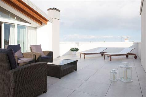 pavimentazione terrazzi esterni pavimenti per terrazzi guida alla scelta pavimenti esterni
