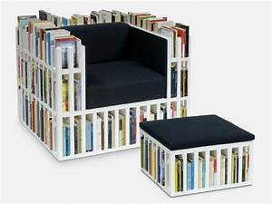 How to make diy bookshelf chair diy crafts handimania for A chair on wheels made of books