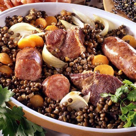 lentille cuisine best 25 lentilles aux saucisses ideas on